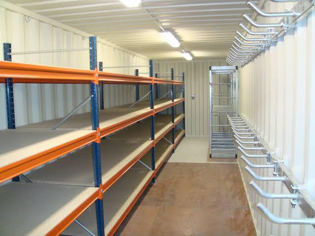 5 Ventajas de utilizar un contenedor marítimo como almacén.