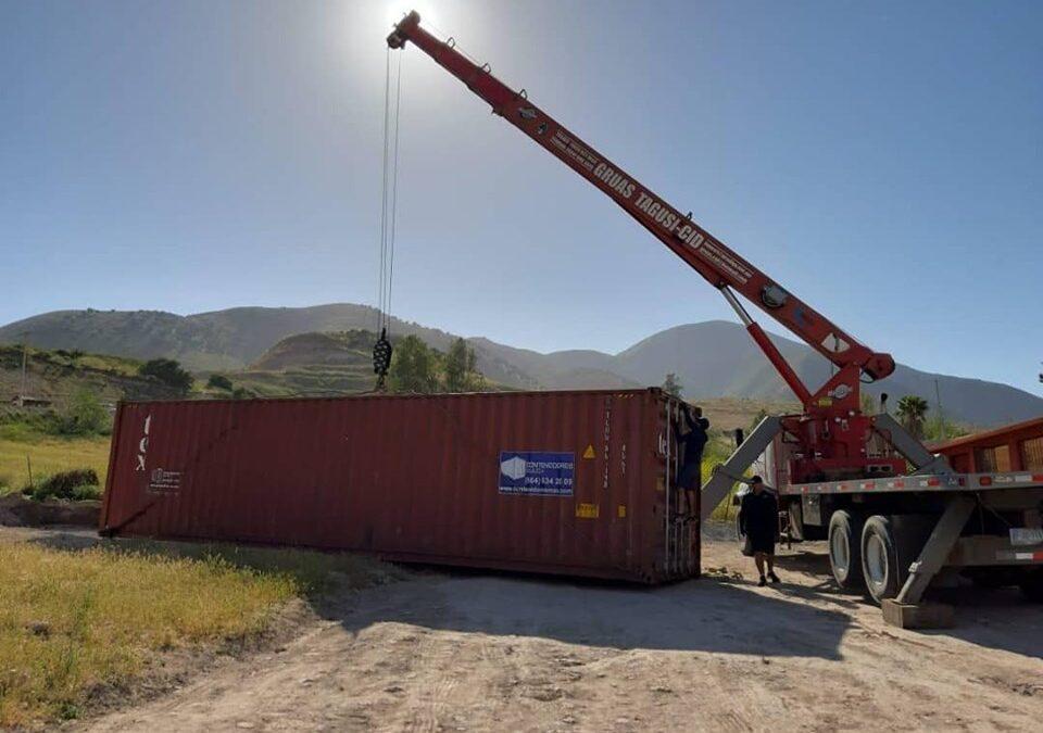 4 Formas de mover un contenedor marítimo